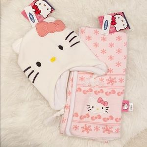 Old Navy Hello Kitty girls hat and scarf set